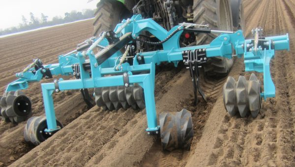Aquagronomy's wheel track roller combi in action